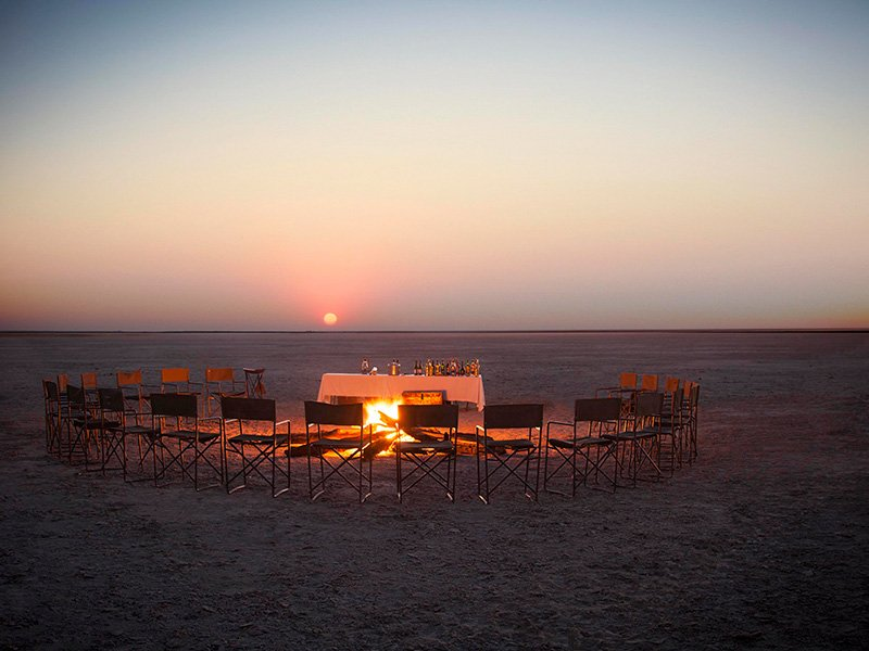 Botswana-Kalahari-Jacks-Camp-Sunset-drinks1