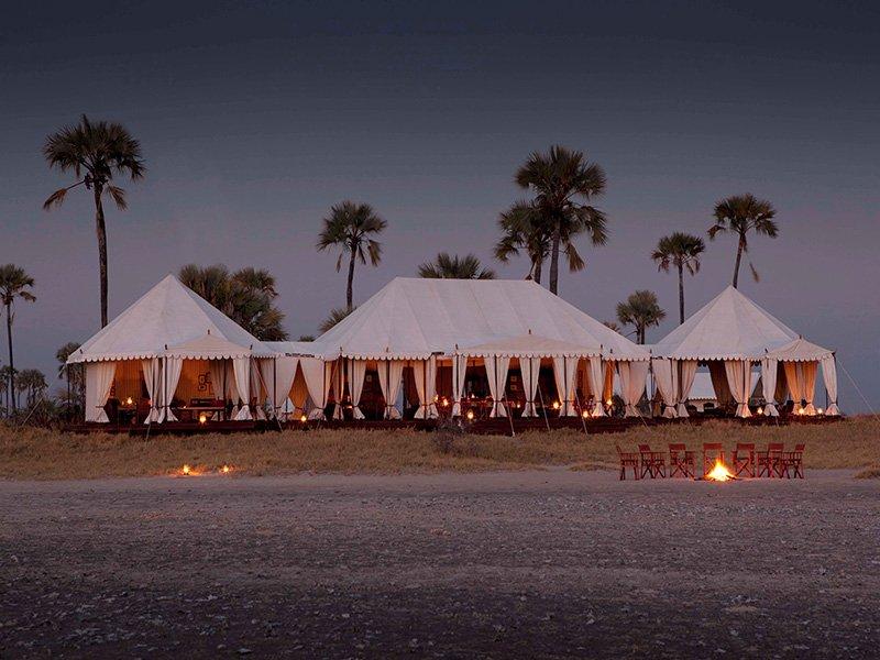Botswana-Kalahari-San-Camp-Mess-Tent