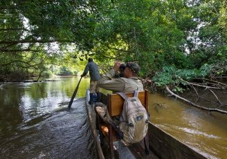Congo-Odzala-Lango-Camp-poling-safari