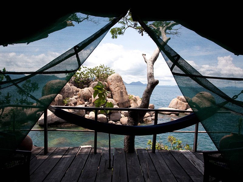 Malawi-LakeMalawi-MumboIslandCamp-Hammock