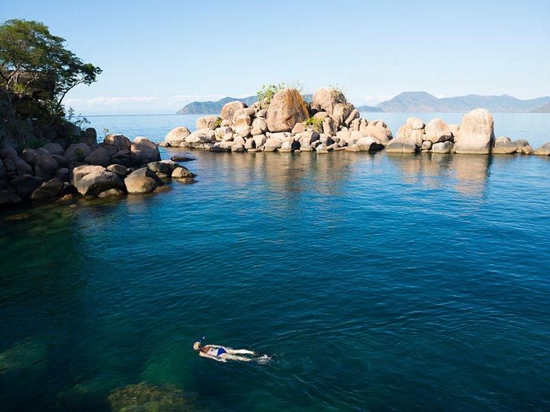 Malawi-LakeMalawi-MumboIslandCamp-Ocean