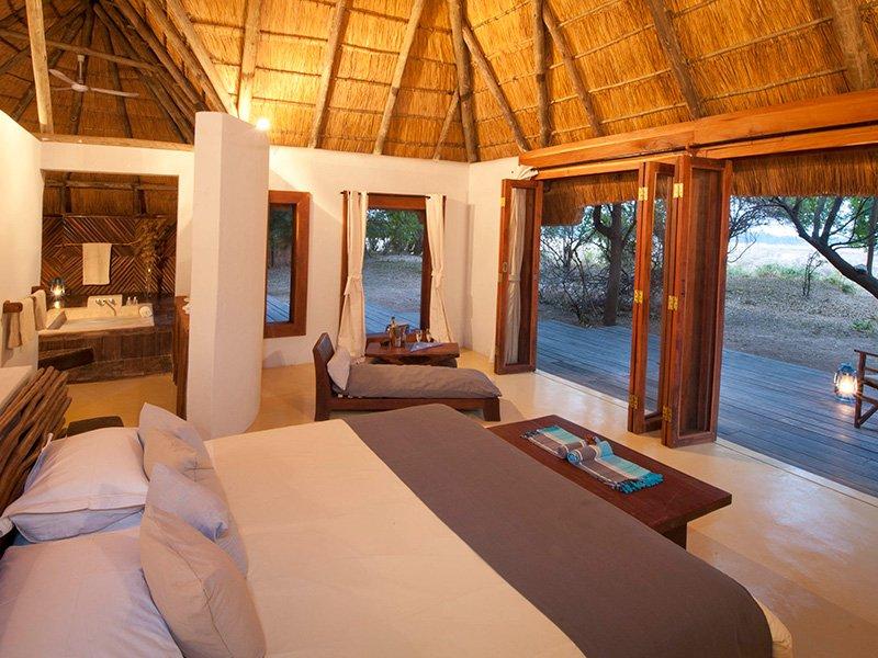 Zambia-South-Luangwa-Luangwa-River-Camp-Bedroom