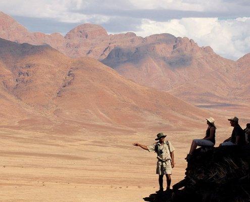 Namibia-Sossusvlei-Sossusvlei-Desert-Lodge-Guided-Walk