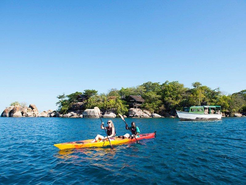 Malawi-LakeMalawi-MumboIslandCamp-OceanCanoeing